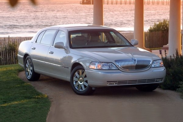 Плюсы и минусы Lincoln Town Car с «вторички» назвал эксперт : АвтоМедиа : ВладТайм