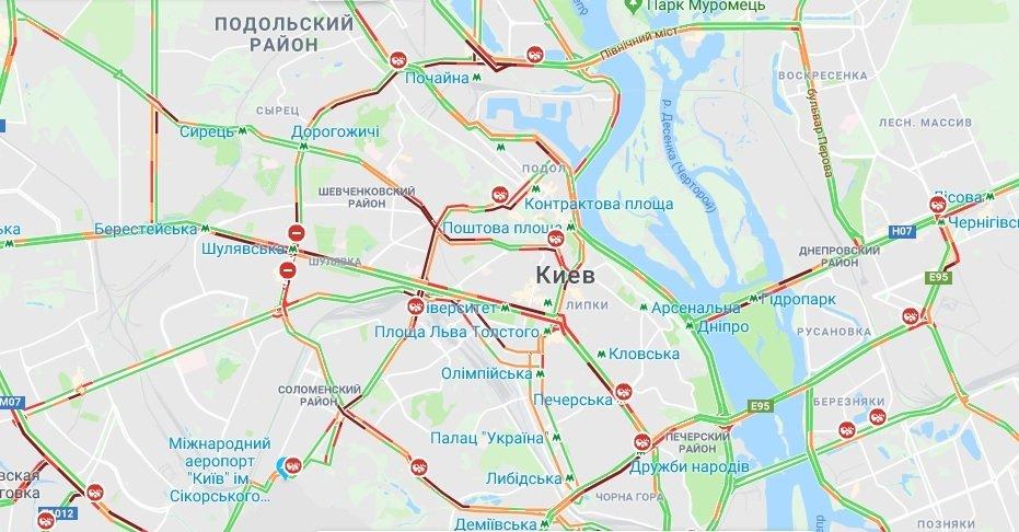 Ситуация на дорогах 22 марта: в Киеве зафиксированы серьезные пробки 1