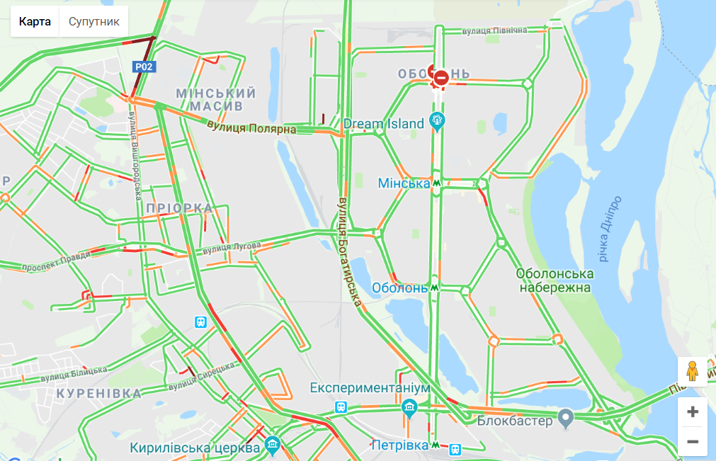 Аварии и ремонты. С утра понедельника Киев замер в пробках