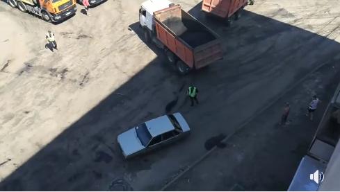 Под Киевом копы устроили погоню со стрельбой за девушкой-водителем. Видеофакт