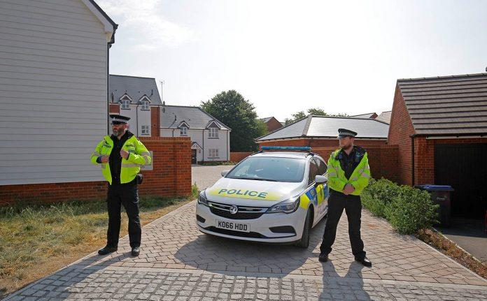 Британская полиция перекрыла улицу у ресторана из «дела Скрипалей»