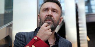 Шнуров презентовал клип на песню «Не хочу быть москвичом»