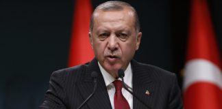 Турция объявила США бойкот: Эрдоган решил поиграть в Россию