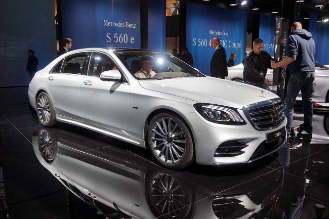 Гибрид Mercedes-Benz S 560 e прибудет в Россию до конца года