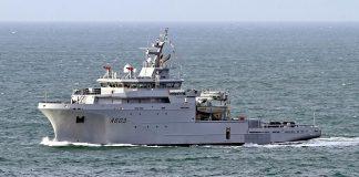 Корабль тылового обеспечения ВМС Франции