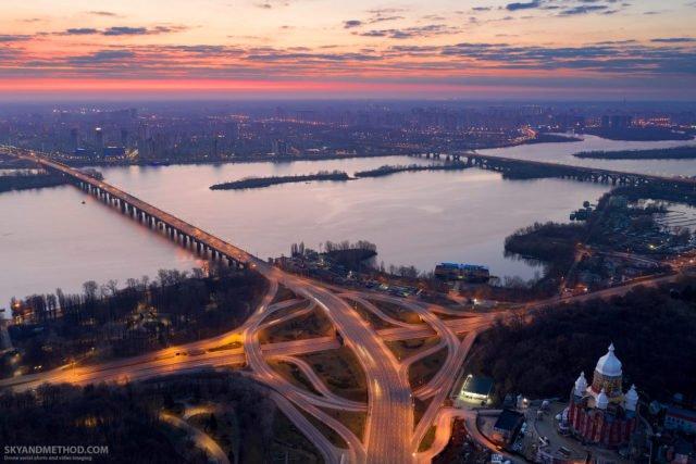 Рассвет в Киеве с высоты птичьего полета: появились невероятные снимки 3