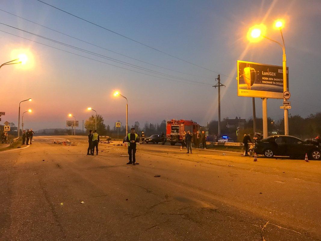 Сейчас проезд по Полтавскому шоссе перекрыт