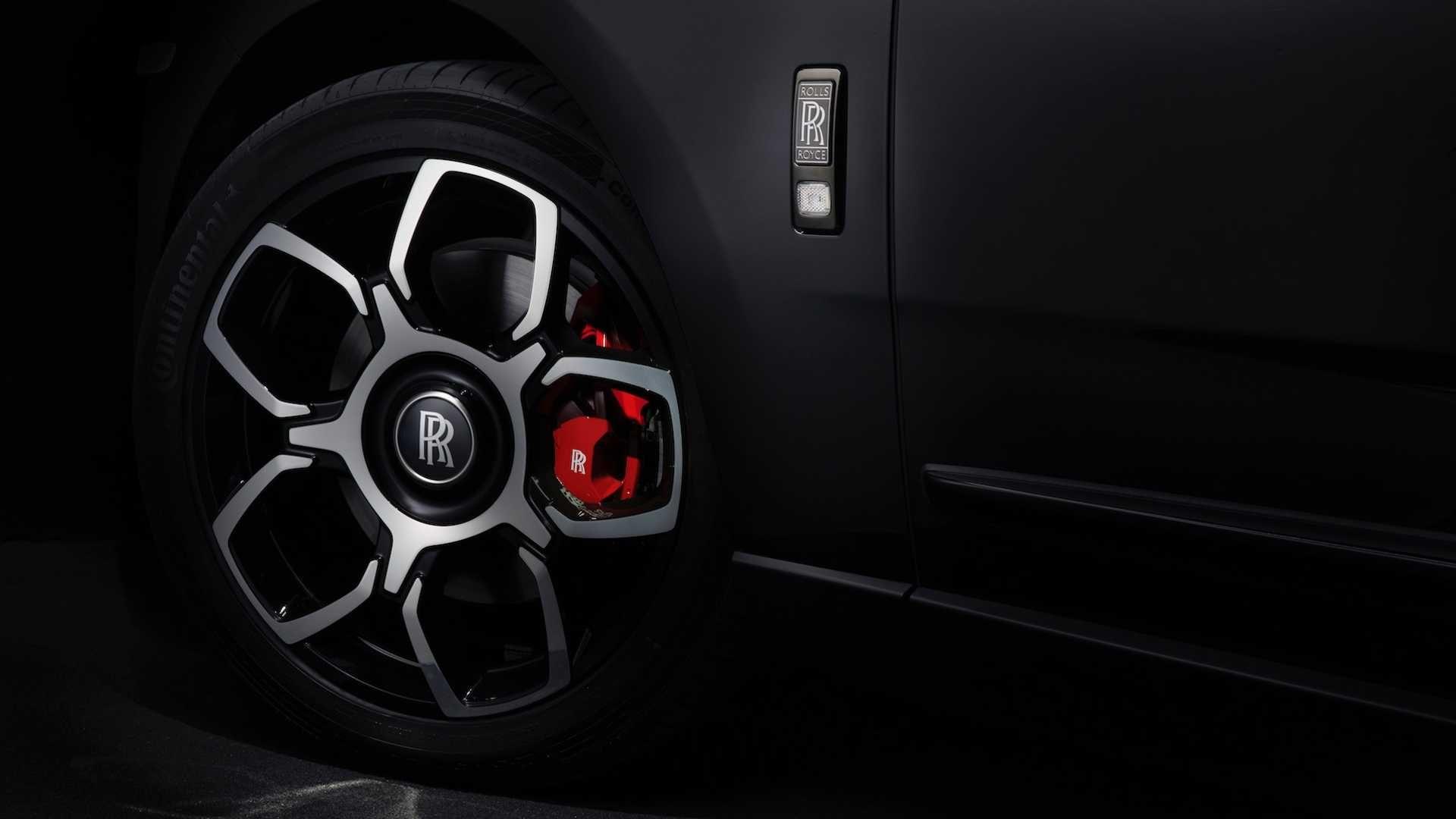 Rolls-Royce представил обновленную модификацию кроссовера Cullinan (Фото) 2