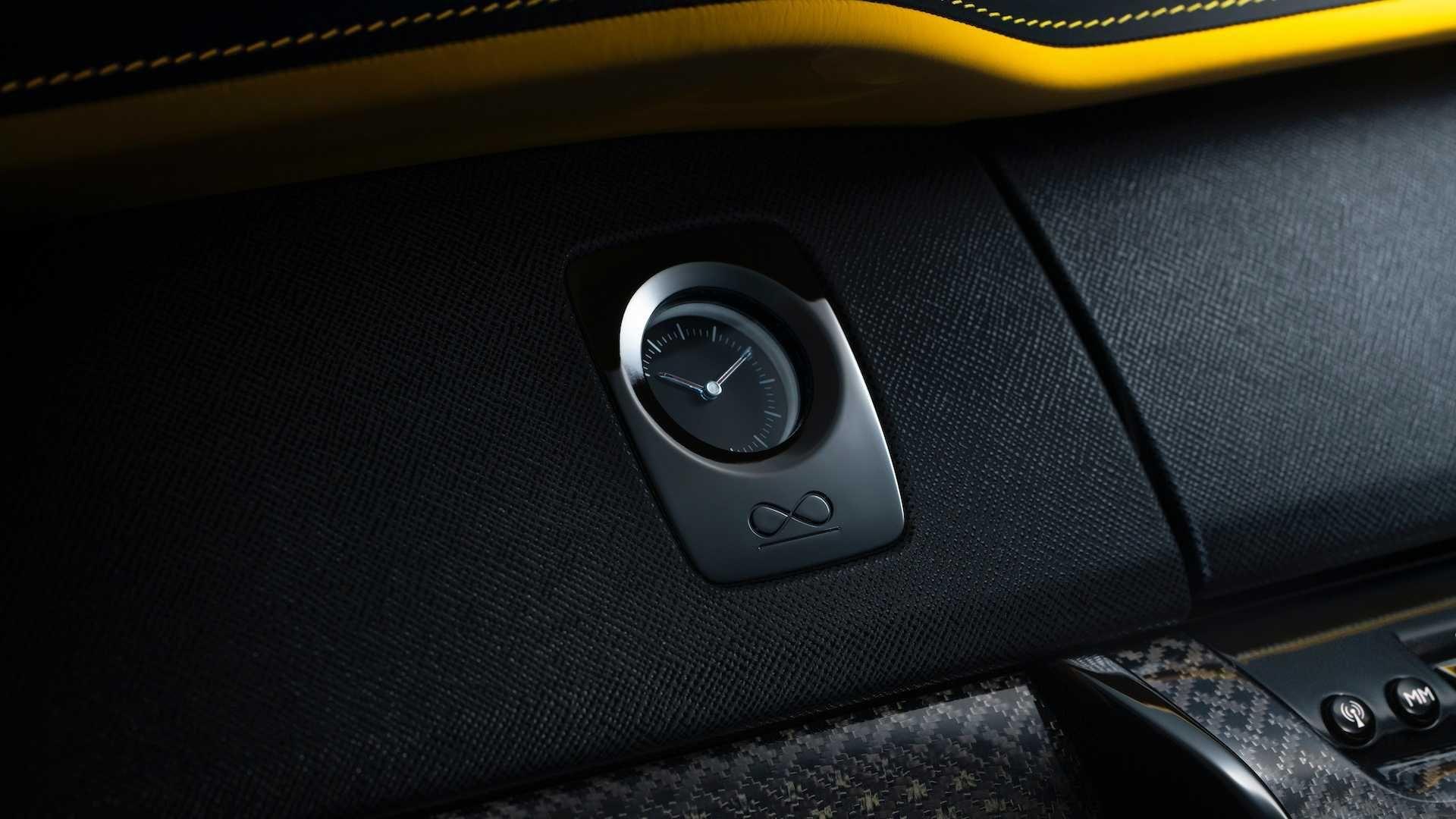 Rolls-Royce представил обновленную модификацию кроссовера Cullinan (Фото) 5