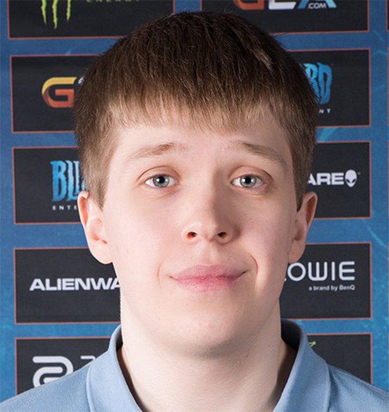 Дмитрий Happy Костин