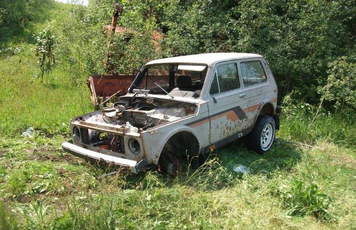 В Канаде нашли «кладбище» автомобилей Lada 1