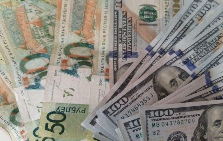 Минск предлагает Москве отказаться от доллара при расчетах за газ