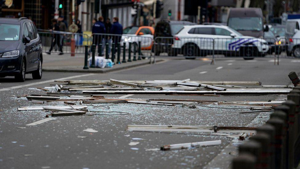 Ветер повредил часть жилого дома в Брюсселе