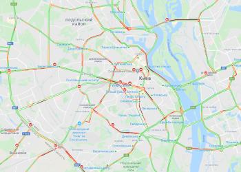 Пробки в Киеве - из-за снегопада дороги чистят круглосуточно - новости Киева