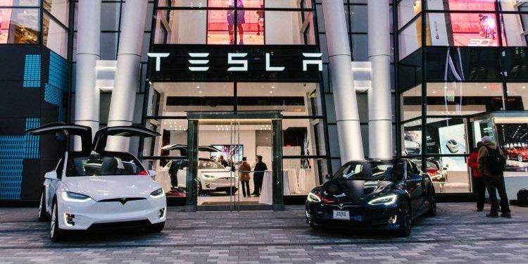 Tesla 01.jpg