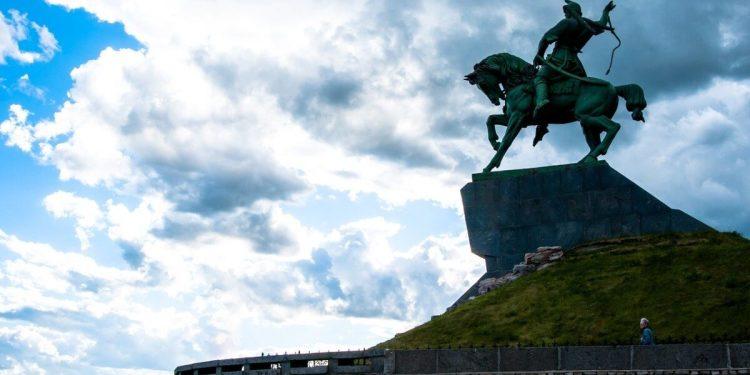 ufa monument 1 scaled.jpg
