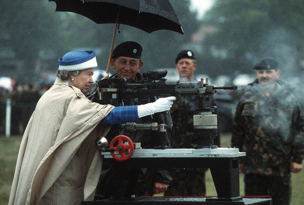 Интересные факты о королеве Великобритании (ФОТО) 2