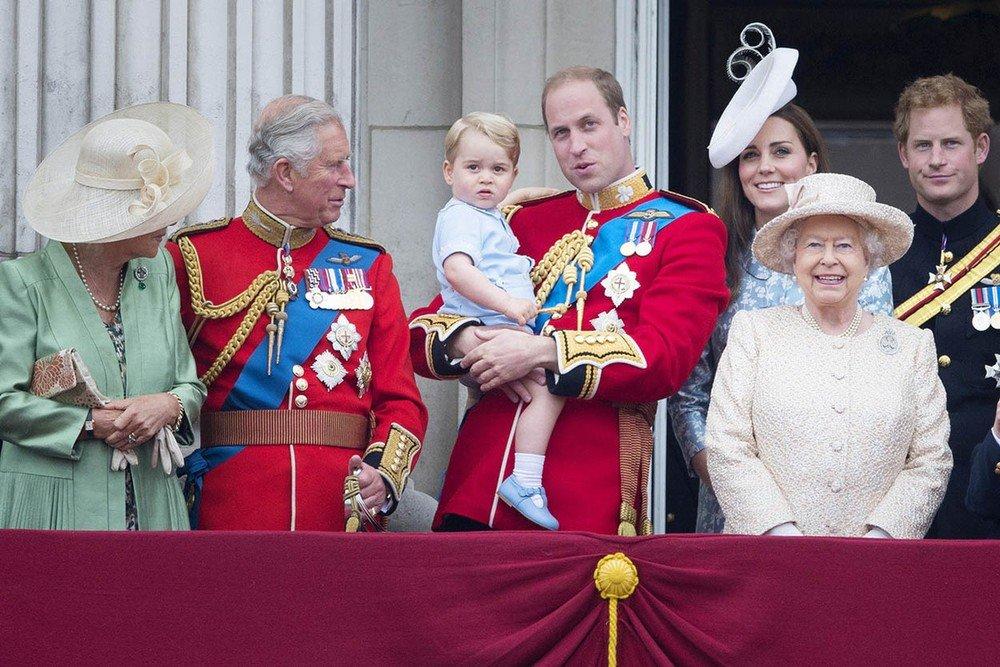 Интересные факты о королеве Великобритании (ФОТО) 4
