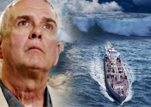 американский моряк рассказал, как таинственный свет спас его жизнь во время шторма – 10.04.2019  RusDialog.ru
